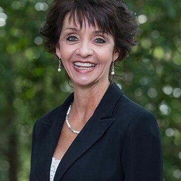 Dr. Annette Hess